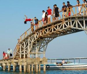 bridge-jump-off